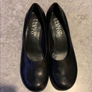 Black square shoes